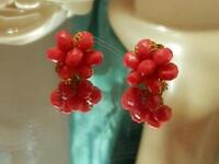 XX Sassy Vintage 1960's West Germany Lucite Lovely  Flower Clip Earrings 58My8