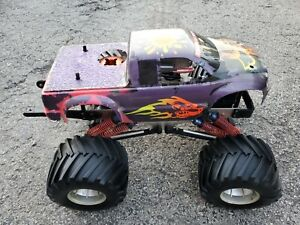 Vintage RC Kyosho Mad Force Nitro Monster Truck