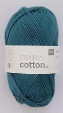 Lanas de algodón color principal verde algodón