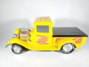 Funrise Battery Operated Vintage Hot Rod Truck - Yellow with Flames - No Box