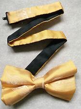Nuevo De lujo seda MENS corbata de Moño Bowtie Pluma Gancho De Pesca Crema Dorado Brillante