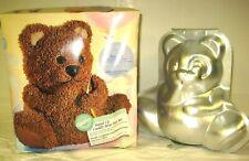 Wilson Stand-Up Cuddly Bear Pan Set