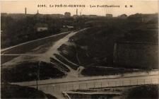 CPA LE PRÉ-SAINT-GERVAIS Les Fortifications (673104)