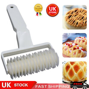 UK Baking Mold Pastry Lattice Roller Cutter Plastic Pastry Bakery Kitchen Tools