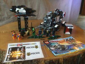 Lego Movie Super Secret Police Dropship (70815) and Bad Cop's Pursuit (70802)