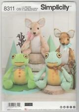 Simplicity Sewing Pattern 8311 Elaine Heigl Stuffed Animals - Deer and Frog