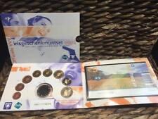 NEDERLAND 2002 - VVV - IRIS GESCHENKMUNTSET € 5,= + EURO SERIE 2002