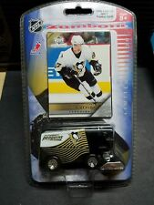 2005-06 PENGUINS CROSBY UPPER DECK ROOKIE RC CARD W/ PENGUINS ZAMBONI DIECAST