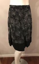 Beautiful Ann Taylor Black White Floral Embroidered Silk Pleated Skirt Size 12