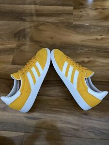 adidas originals spezial weave Men's trainers size 8.5 U.K.  Yellow