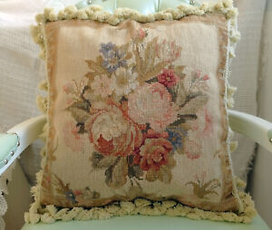 """18"""" Hand Woven Beautiful Floral Rose Bouquet Elegant Needlepoint Pillow Cover"""