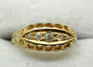 Antique Lovely 18 carat Gold Five Stone Diamond Gypsy Ring Size I.1/2