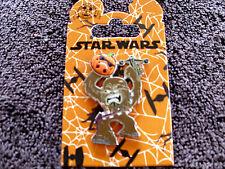Disney * STAR WARS - HALLOWEEN - CHEWBACCA w/ PUMPKIN * New on Card Trading Pin