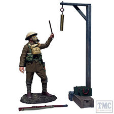 B23115 W.Britain Gas Alarm British Soldier Sounding Alarm 1917-18 3 Pce Set