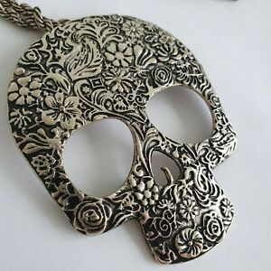 Large Gothic Floral Engraved Pattern Skull Chain Necklace Emo Bold Retro Grunge