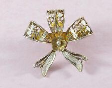 Vintage pretty silver gold gilt filigree ribbon/bow brooch