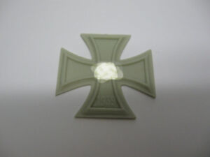 Reality In Scale 1:35 Cross of Iron - Resin Diorama Accessory #35156