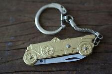 Das Sujet Art Deco (Auto) aus Bronze Schlüsselanhänger                  laguiole