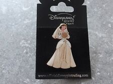 DISNEY DLRP MARRIED PRINCESSES PIN SNOW WHITE BRIDAL GOWN ON ORIGINAL CARD