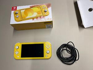 nintendo switch lite yellow Boxed Xje10012322892