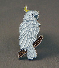 COCKATOO - LAPEL PIN BADGE - PARROT CAGE AVIARY BIRD BIRDS  (OB-87)