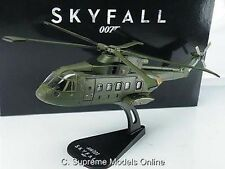JAMES BOND AUGUSTA HELICOPTER 1/100TH SKYFALL 50TH ANNIVERSARY VERSION R0154X{:}