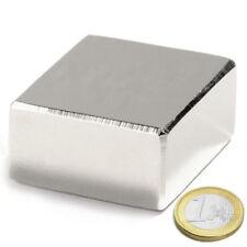 Neodym-Magnete im Block 50 x 50 x 30 mm. Erzwinge 190 KG. Super-Power-Magnet