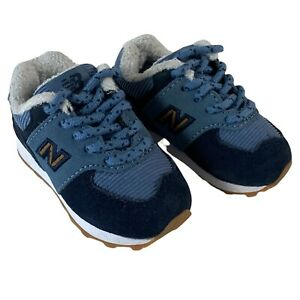 New Balance 574 V1 Toddler Winter Suede Sneaker Boys Shoes Blue Lace Size 4