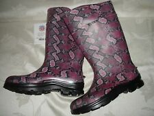 WOMEN'S RANGER HONEYWELL PINK/BLACK MULTI COLOR RAIN/BARN BOOTS SZ 11M USA NWT