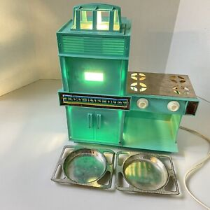 Vintage 1960's Kenner Easy Bake Oven Toy Turquoise Works! w/ 2 trays Rare