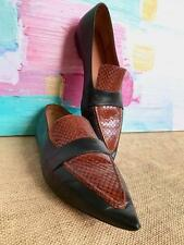 $890 CELINE Black Leather Brown Snakeskin Pointy Toe Loafers Women's SZ 40 Flats