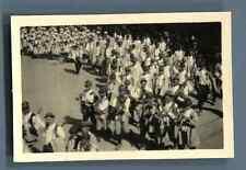 Tchécoslovaquie, Un défilé un costumes traditionnels  Vintage silver print.  T