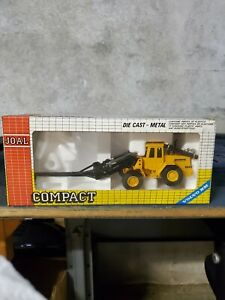 Volvo BM L70 Wheel Loader With Handling Arm By Joal 1/50th Scale