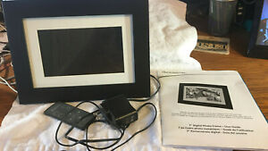 "Used PanDigital, 7"" Digital Photo Frame, With Remote"