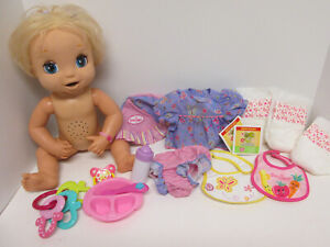 2006 Baby Alive Soft Face Interactive Doll Hasbro Talks Eats Poops