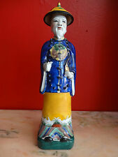 STATUETTE CHINOISE HOMME SIGNEE