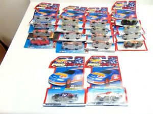 Mattel Hot Wheels Pro Racing Series-NASCAR-Lot of 18 cars-New in package