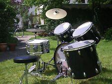 Schlagzeug + Doublebass + Zubehör