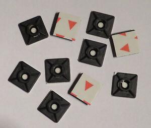 Montagesockel Klebesockel selbstklebend 19x19mm schwarz mit Schraubloch 10 Stück