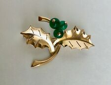 Vintage 14K Gold Brooch - Timeless and Sophisticated Leaf design