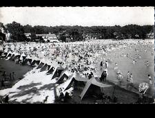SAINT-PALAIS-sur-MER (17) TENTES de PLAGE aux VILLAS , animée en 1961
