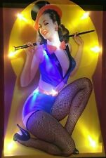 LED Bild Bilderrahmen 65 x 45 cm Leuchtbild Wandbild PIN-UP GIRL / Pinup Lady