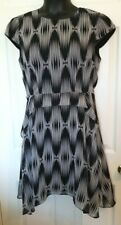 Just Taylor Womens Size 10 Black White Print Fit Flare Dress Cap Sleeves Ruffle