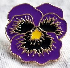 REMEMBERING THE ANIMALS OF WAR New Purple Flower Poppy Day Badge 2018 BLUE CROSS