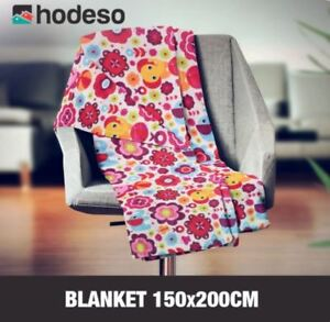 Hodeso High Quality Soft Fleece Blanket Flowers and Animals Design (Pink)