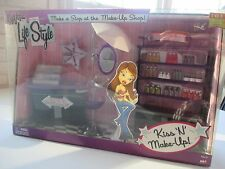 SOLD OUT.  VERY RARE!  Bratz Life Style Make-Up Shop, over 20 Accessories