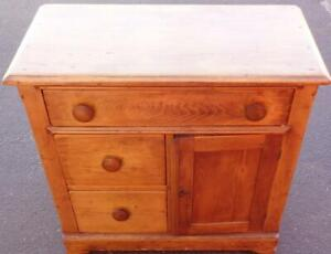 Antique Early American Washstand – Solid Maple – Original Knobs – Mid 1800s