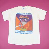 Vtg 90s Knicks Vs Bulls T-Shirt L NBA Eastern Finals USA Single Stitch Distress