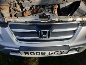 Honda CRV 2.2 CTDI silver NH700M (2001-2006) BREAKING FRONT GRILL