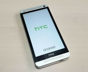 HTC One Silver/White 32GB Smartphone  PN07120 - AT&T -